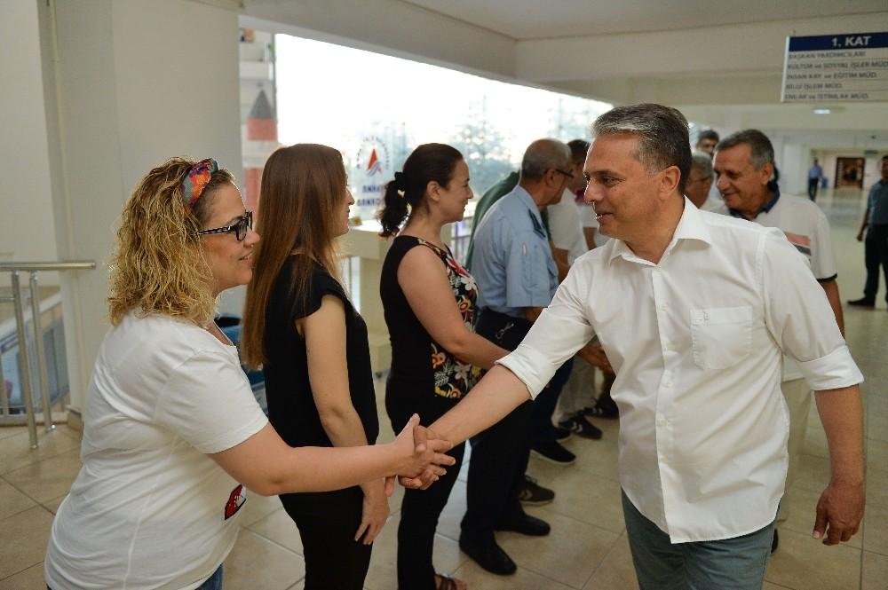 Muratpaşa'dan 655 personele 2 bin 940 promosyon