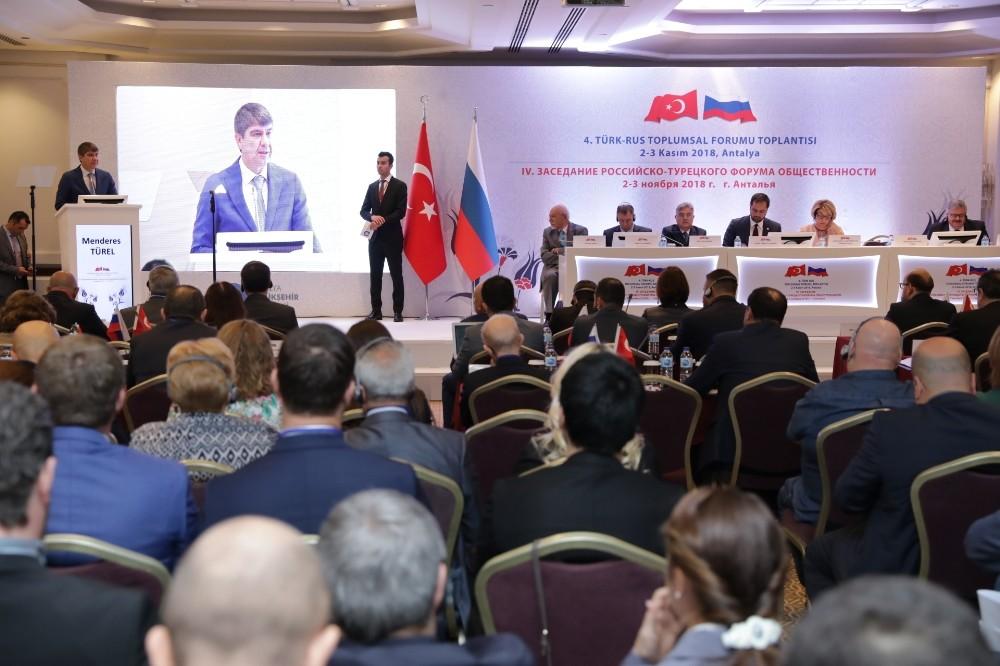 Rusya'yla ilişkiler masaya yatırılıyor