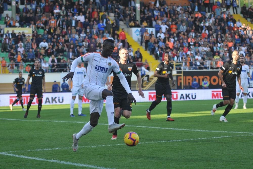 Spor Toto Süper Lig: Aytemiz Alanyaspor: 1 – Kayserispor: 0 (İlk yarı)