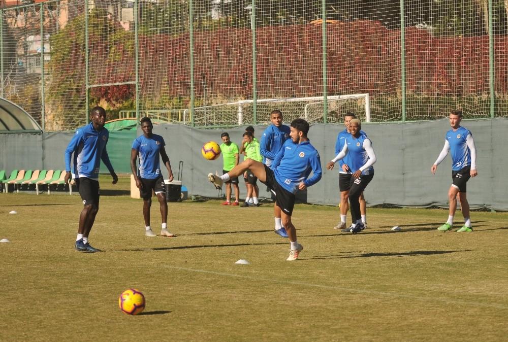 Alanyaspor'da Rizespor maçı hazırlıkları sürüyor