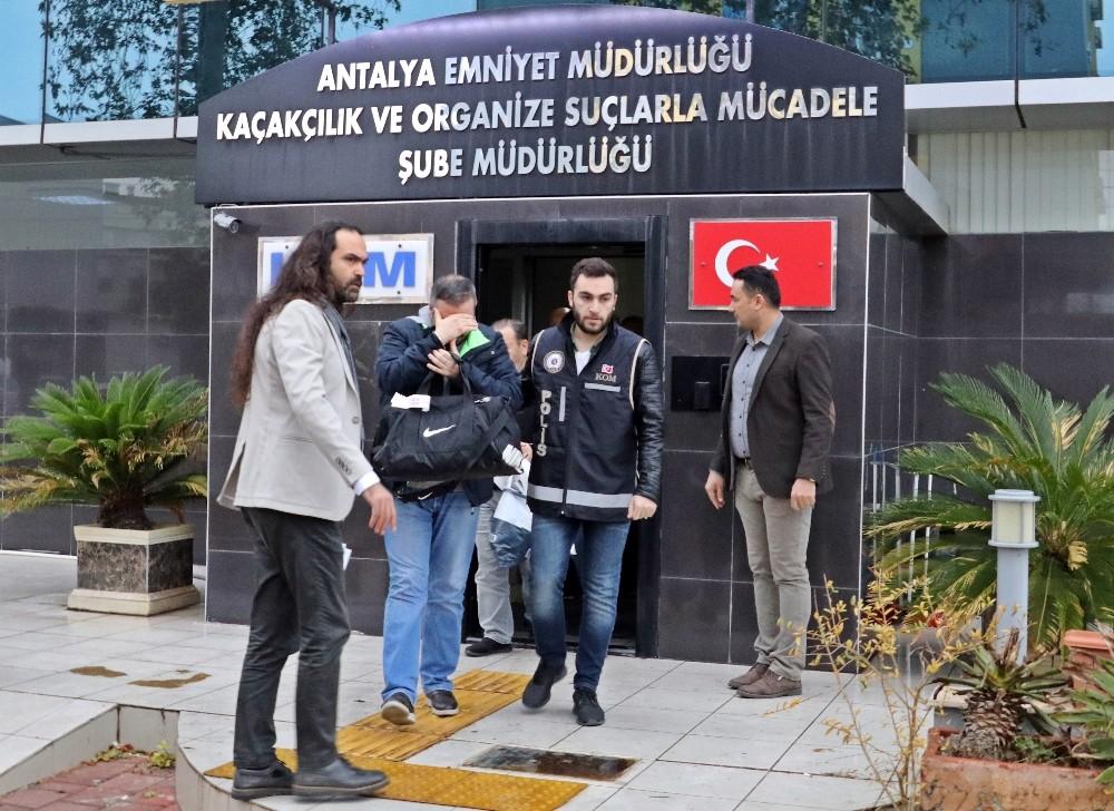 Antalya'da 1,5 milyon TL'lik arsa dolandırıcılığı iddiası: 7 gözaltı