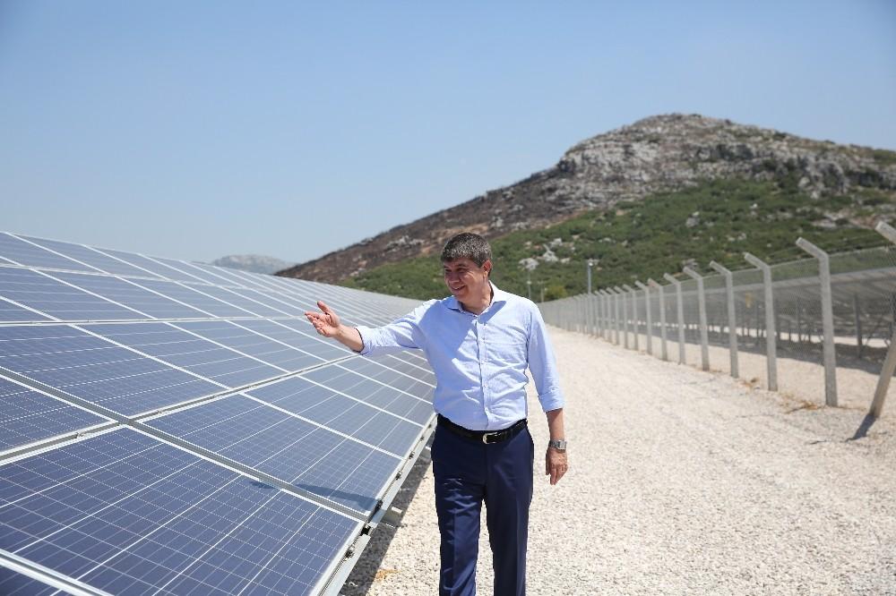 Antalya'da çiftçinin elektriğini üretecek 3. güneş santrali kuruluyor