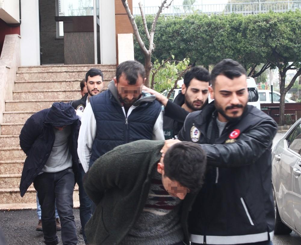 Antalya'da uyuşturucu operasyonları: 6 gözaltı