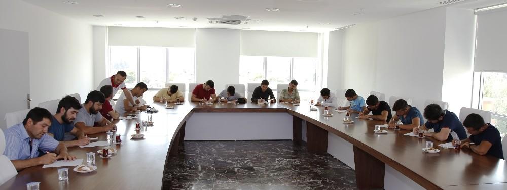 Döşemealtı Belediyesi İŞKUR Ofisi, istihdama katkı sağlıyor