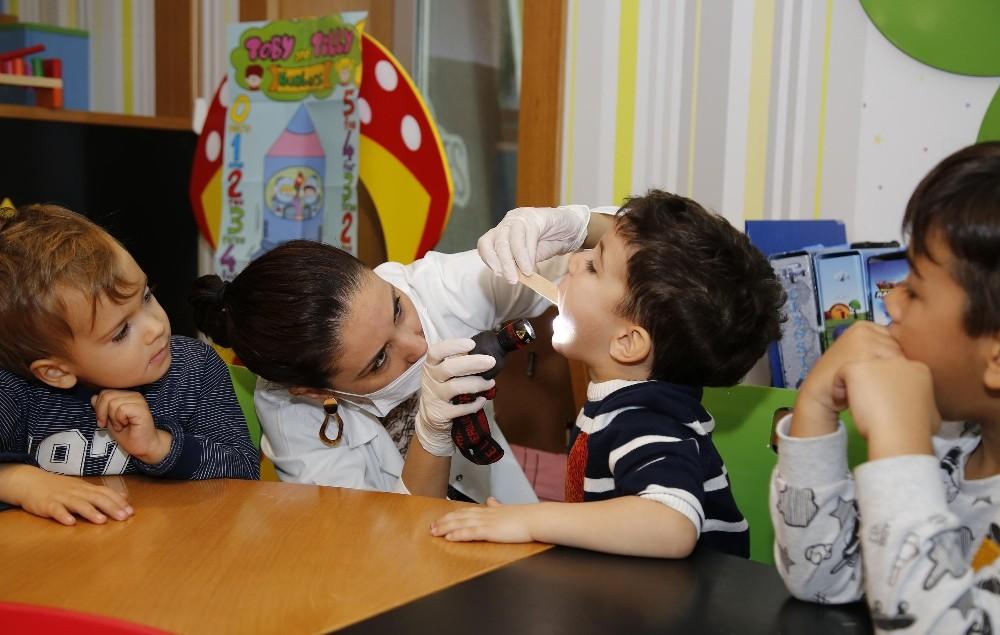 Ekolojik Kreş'te diş sağlığı taraması