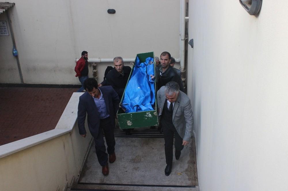 İntihar eden genç kızın cenazesi ailesine teslim edildi
