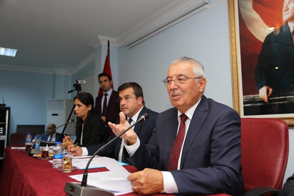 Kaş Belediyesi'nde Yılın Son Meclisi Toplandı