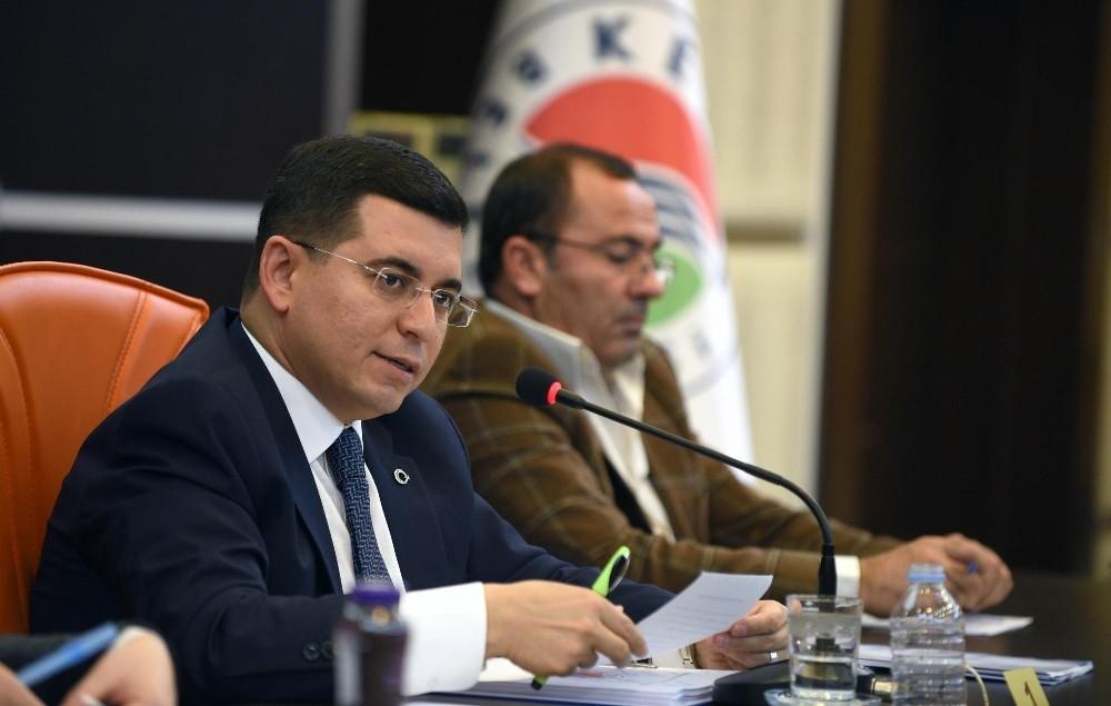 Kepez Belediyesi'nde yılın son meclisi toplandı