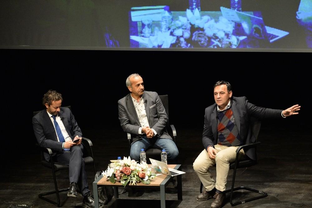 Muratpaşa'da 'İnsan Hakları ve Medya' söyleşisi