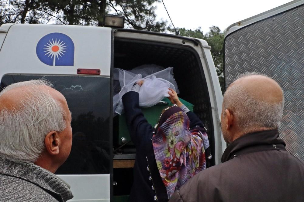 Nişanlı kurbanı Simge gözyaşları arasında duvağıyla defnedildi