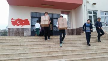 Öğrenciler topladıkları kitapları paylaştı