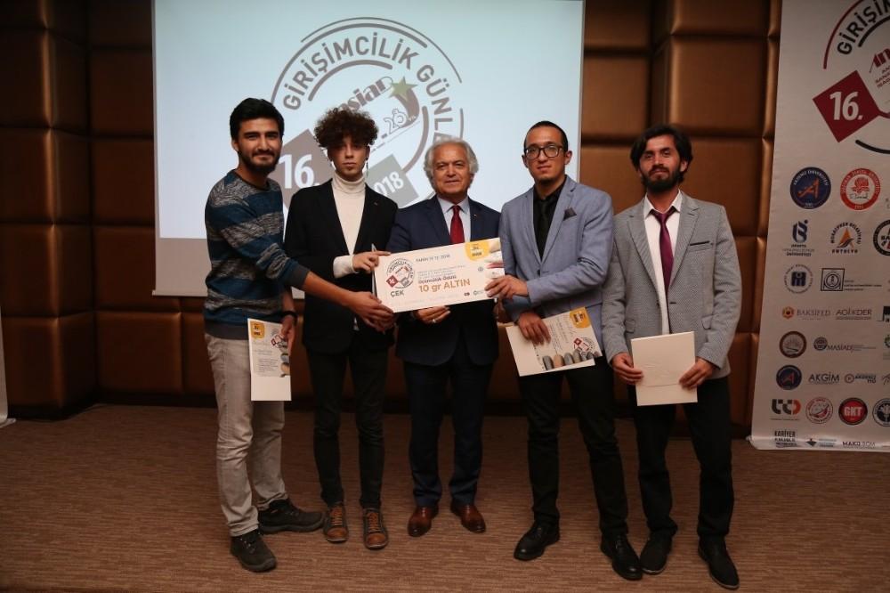 Üniversiteli Girişimcilerin Projelerine ANSİAD'dan Ödül