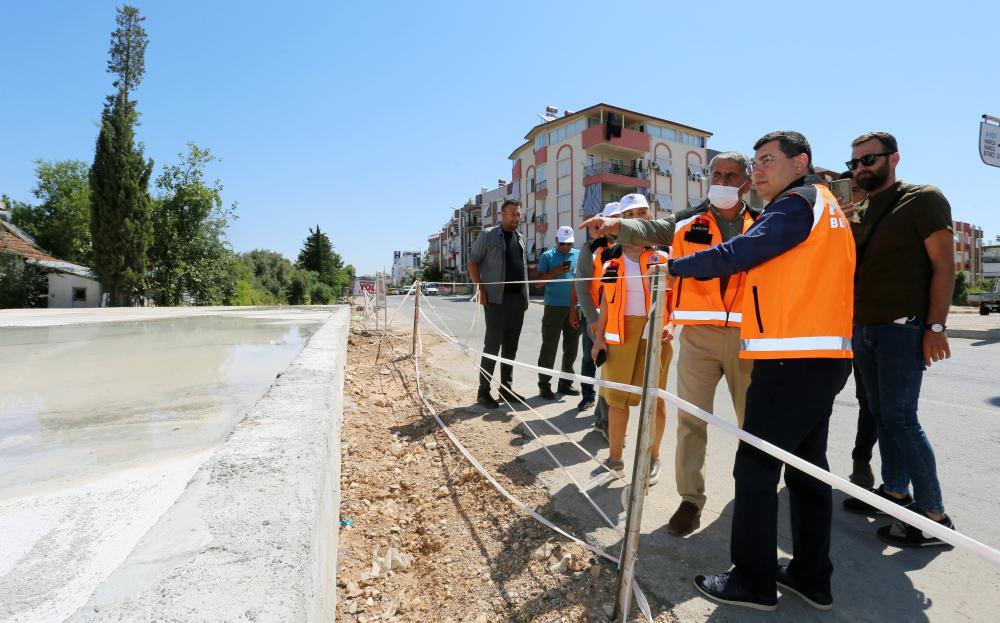 5 köprü ile Kepez'in iki yakası bağlanıyor