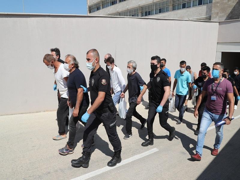 Haziran Ayında Aranan Şahıslara Yönelik Yapılan Eş Zamanlı Operasyonlarda 97 Aranan Şahıs Yakalandı