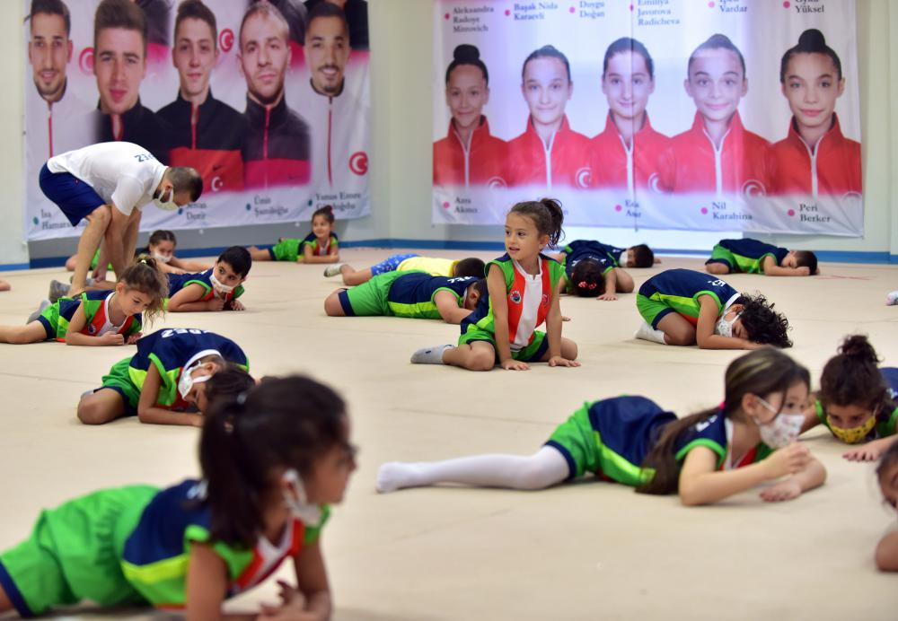 İlk Dersimiz Cimnastik