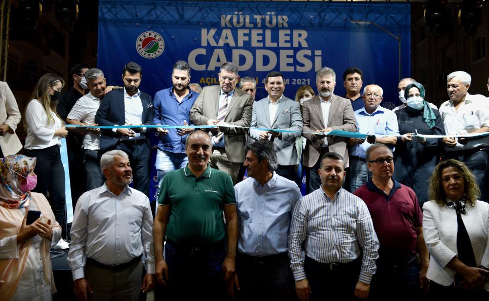 Kepez'in prestijli caddesi açıldı