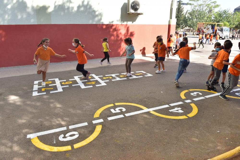 Kepez Belediyesi sokak oyunlarını okullara taşıyor